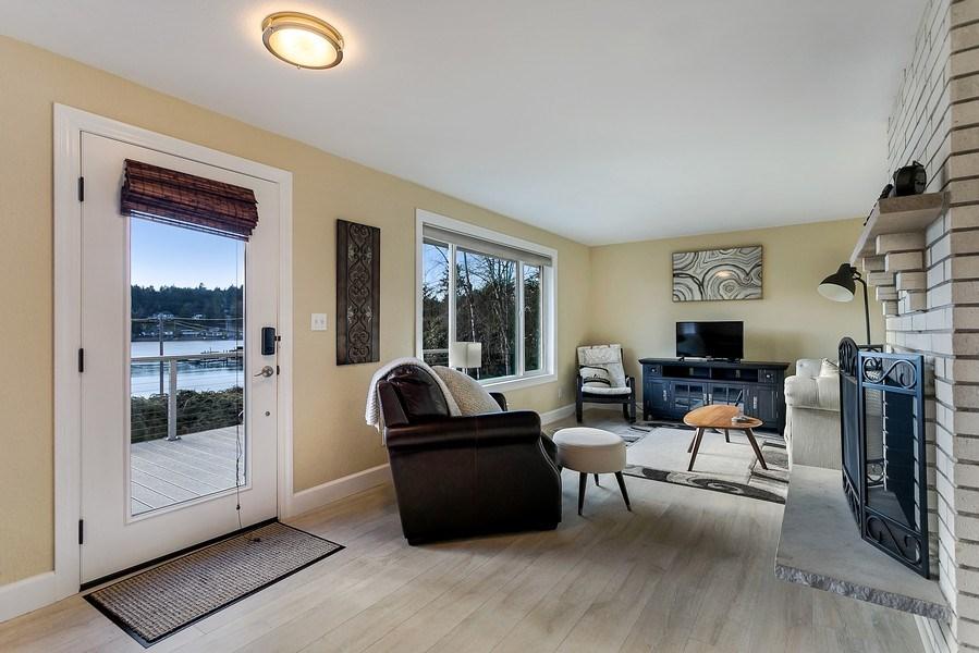 Real Estate Photography - 3615 East Bay Drive, Gig Harbor, WA, 98335 - Living Room