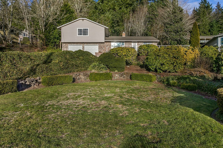Real Estate Photography - 3615 East Bay Drive, Gig Harbor, WA, 98335 - Front Yard
