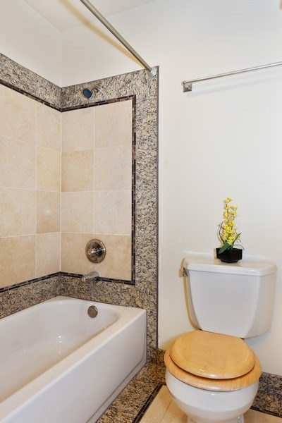 Real Estate Photography - 20620 60th Ave W #F, Lynnwood, WA, 98036 - Master Bathroom