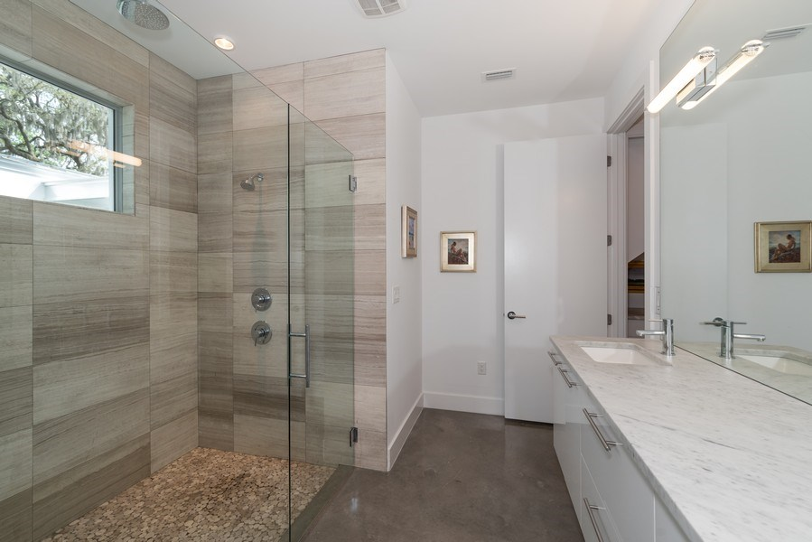Real Estate Photography - 1922 Hammerlin Ave, Winter Park, FL, 32789 - Master Bathroom