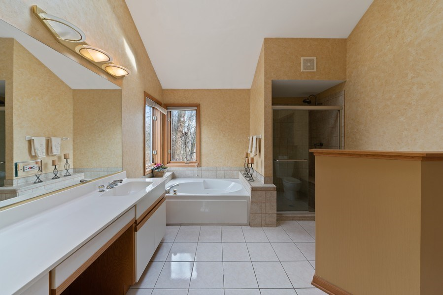 Real Estate Photography - 722 Feather Sound Dr, Bolingbrook, IL, 60440 - Master Bathroom
