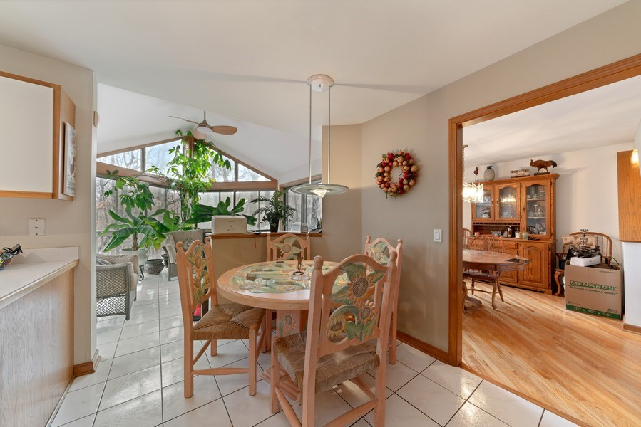 Real Estate Photography - 722 Feather Sound Dr, Bolingbrook, IL, 60440 - Breakfast Area
