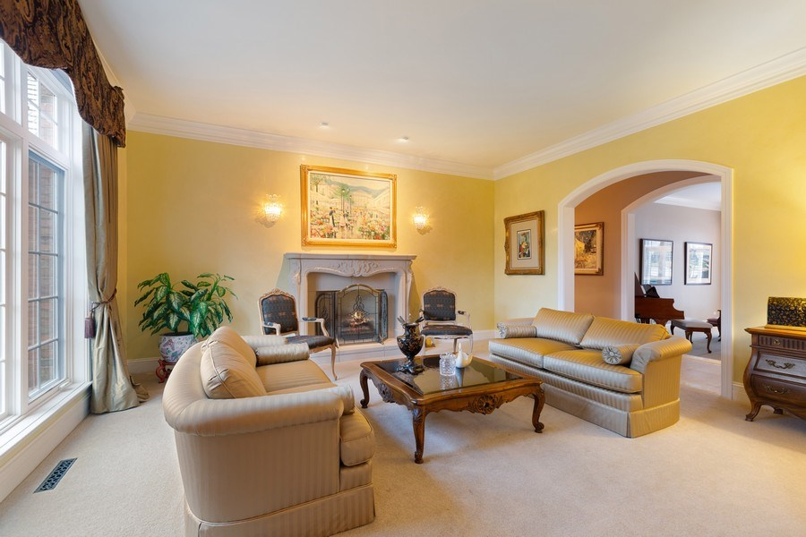 Real Estate Photography - 21606 N. STONEYBROOK COURT, KILDEER, IL, 60047 - Living Room