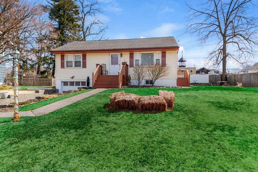 Real Estate Photography - 22 Capral Ln, New City, NY, 10956 - Front View