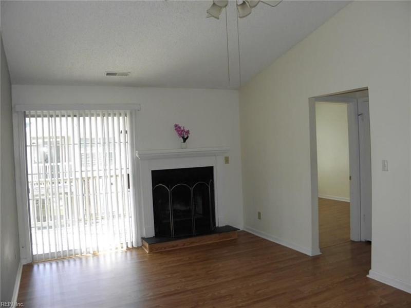Real Estate Photography - 3415 Norfeld Ct, Virginia Beach, VA, 23453 - Location 6