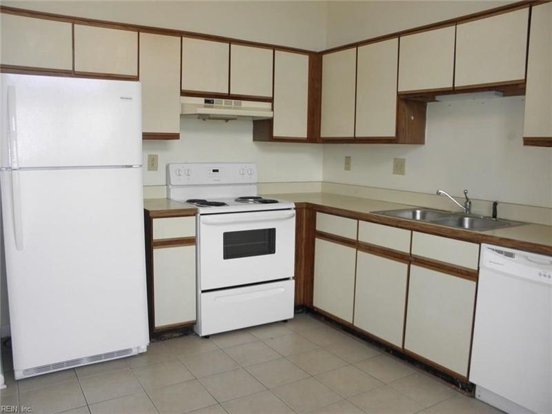 Real Estate Photography - 3415 Norfeld Ct, Virginia Beach, VA, 23453 - Location 10