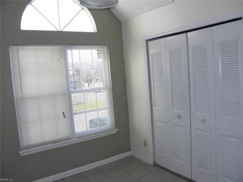 Real Estate Photography - 3415 Norfeld Ct, Virginia Beach, VA, 23453 - Location 12