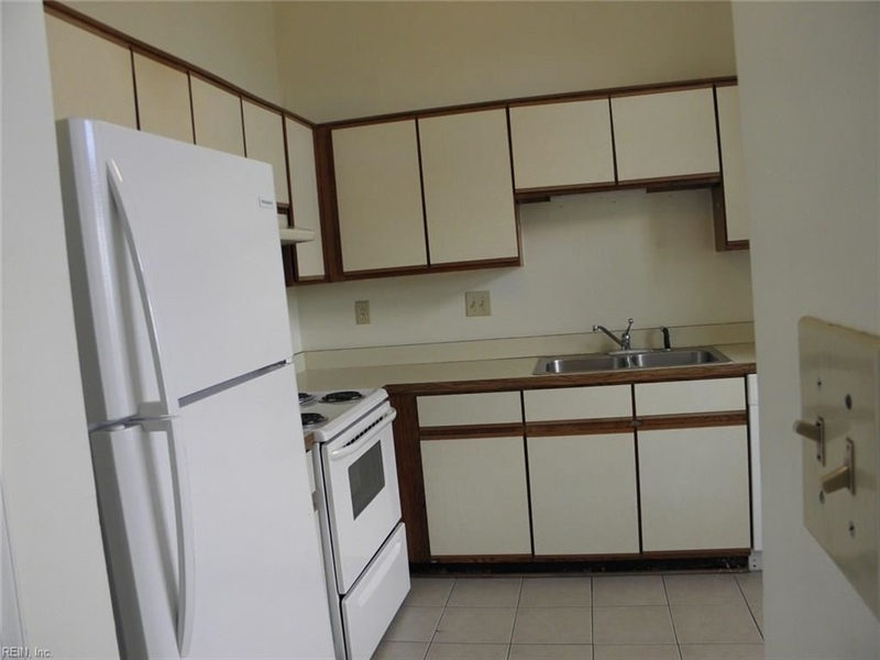 Real Estate Photography - 3415 Norfeld Ct, Virginia Beach, VA, 23453 - Location 15