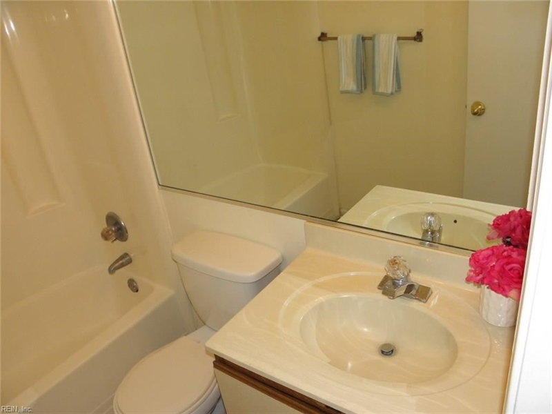 Real Estate Photography - 3415 Norfeld Ct, Virginia Beach, VA, 23453 - Location 18