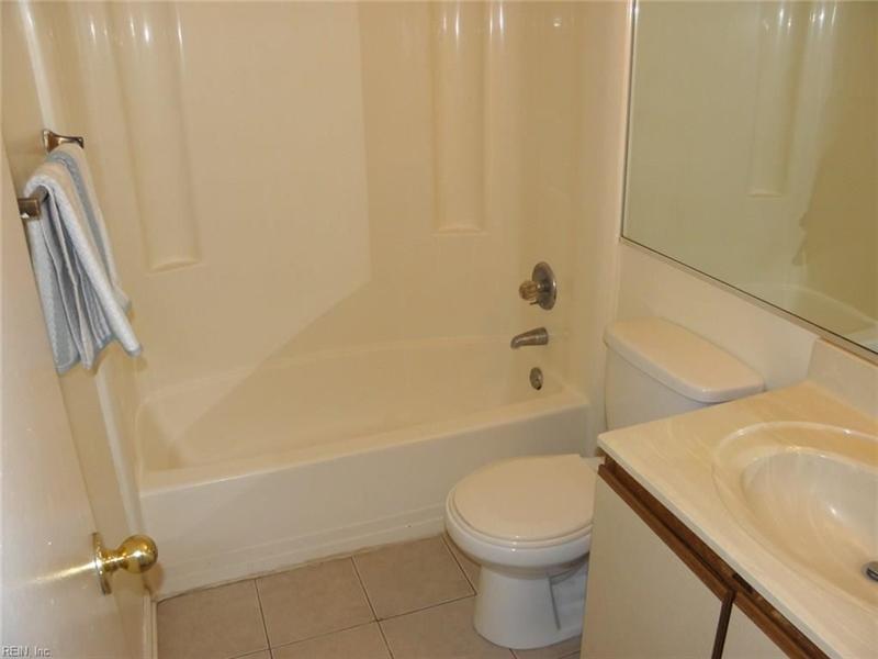 Real Estate Photography - 3415 Norfeld Ct, Virginia Beach, VA, 23453 - Location 21