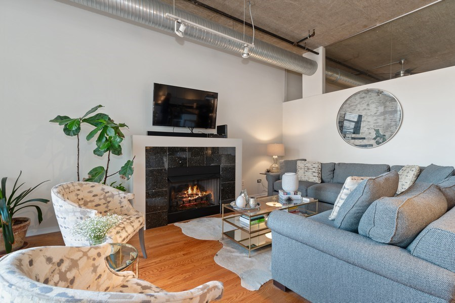 Real Estate Photography - 849 N Franklin, 917, Chicago, IL, 60610 - Living Room