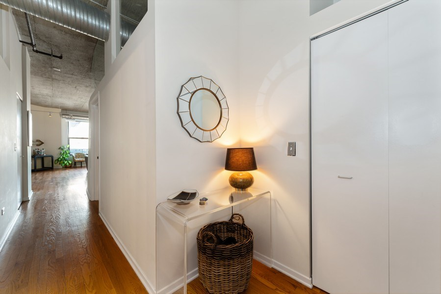 Real Estate Photography - 849 N Franklin, 917, Chicago, IL, 60610 - Foyer