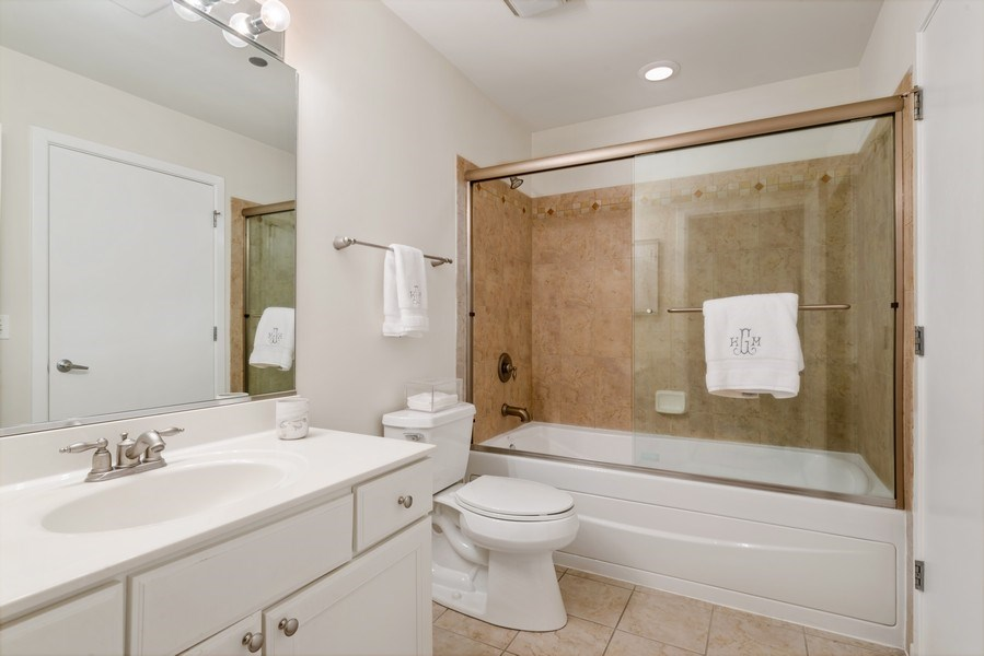 Real Estate Photography - 849 N Franklin, 917, Chicago, IL, 60610 - 2nd Bathroom