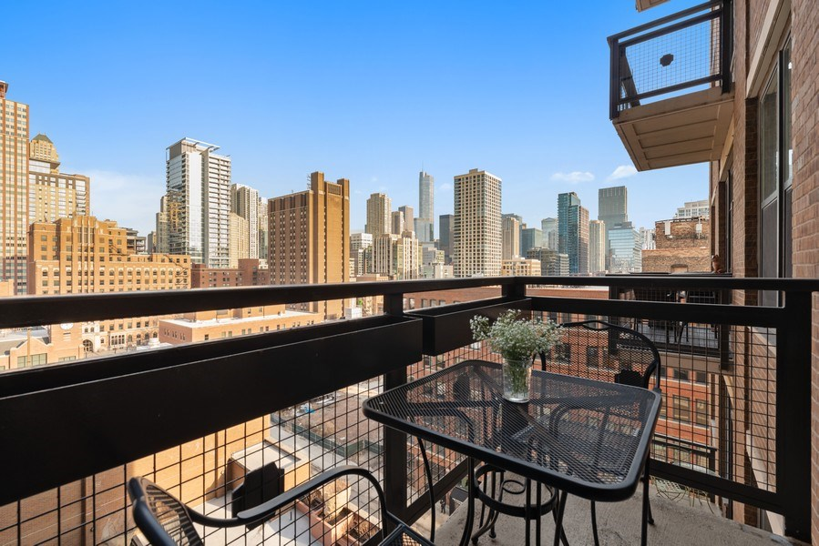 Real Estate Photography - 849 N Franklin, 917, Chicago, IL, 60610 - Balcony