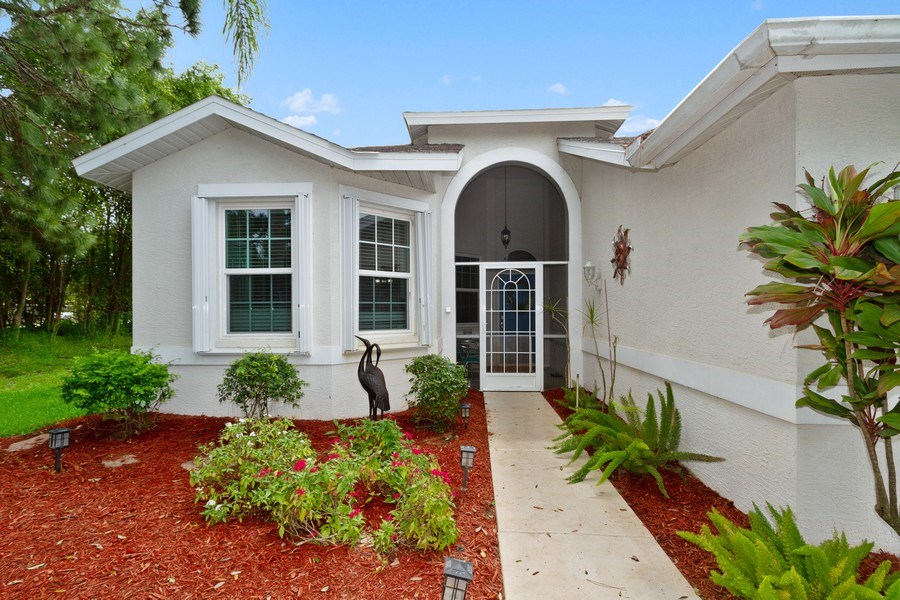 Real Estate Photography - 20841 Country Barn Dr, Estero, FL, 33928 - Entryway