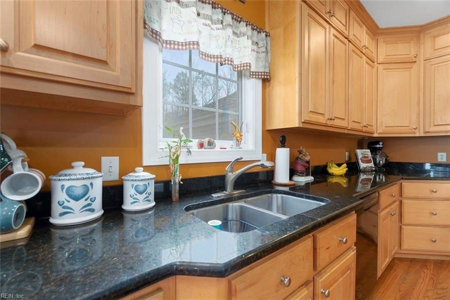 Real Estate Photography - 15785 Breezy Hill Ln, Smithfield, VA, 23430 - Location 13