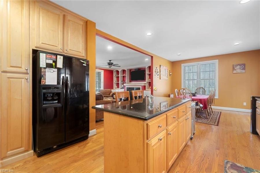Real Estate Photography - 15785 Breezy Hill Ln, Smithfield, VA, 23430 - Location 17