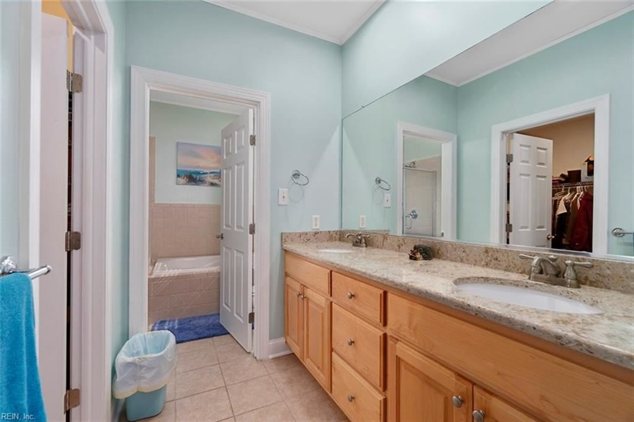 Real Estate Photography - 15785 Breezy Hill Ln, Smithfield, VA, 23430 - Location 21