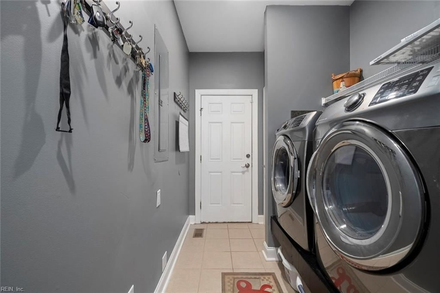 Real Estate Photography - 15785 Breezy Hill Ln, Smithfield, VA, 23430 - Location 24