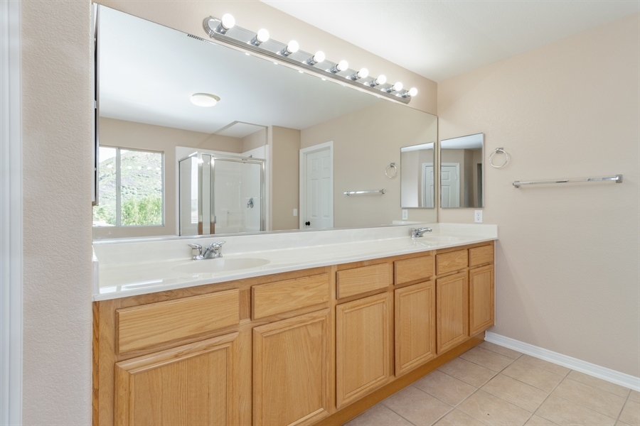 Real Estate Photography - 29372  MORNING DOVE CT, LAKE ELSINORE, CA, 92530 -