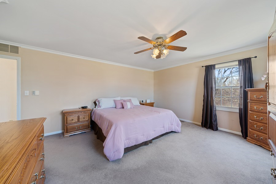 Real Estate Photography - 9 Ashbury Ln, Barrington Hills, IL, 60010 - Master Bedroom