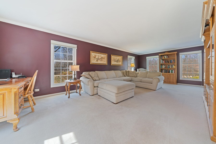Real Estate Photography - 9 Ashbury Ln, Barrington Hills, IL, 60010 - Living Room