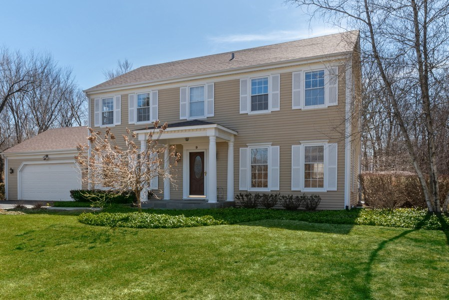 Real Estate Photography - 9 Ashbury Ln, Barrington Hills, IL, 60010 - Front View