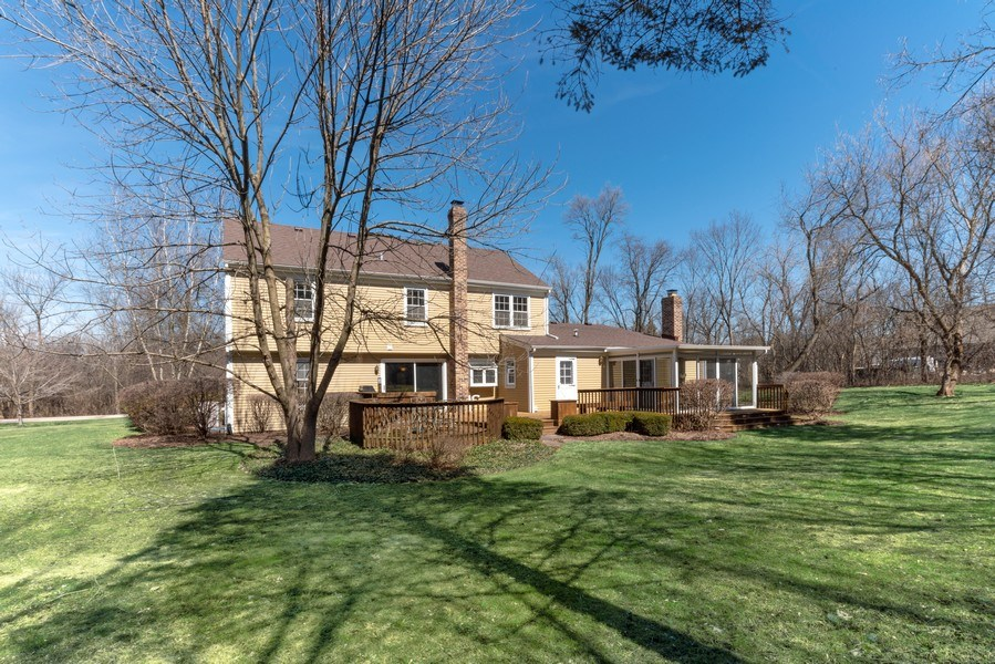 Real Estate Photography - 9 Ashbury Ln, Barrington Hills, IL, 60010 - Rear View