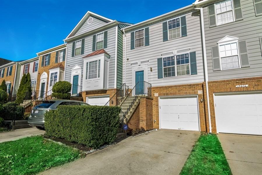 Real Estate Photography - 15072 Ardmore Loop, Woodbridge, VA, 22193 - Side View