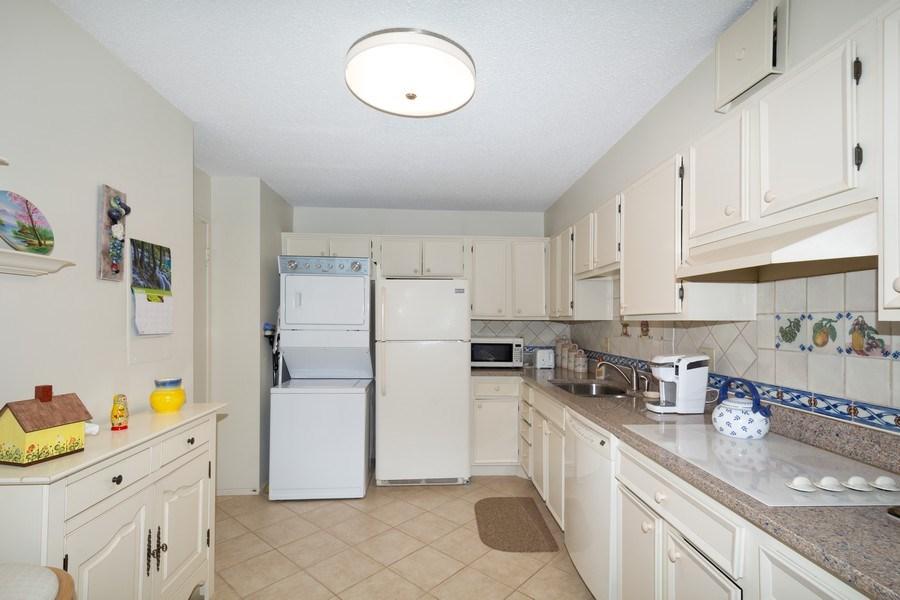 Real Estate Photography - 5904 Mount Eagle, Unit 1015, Alexandria, VA, 22303 - Kitchen