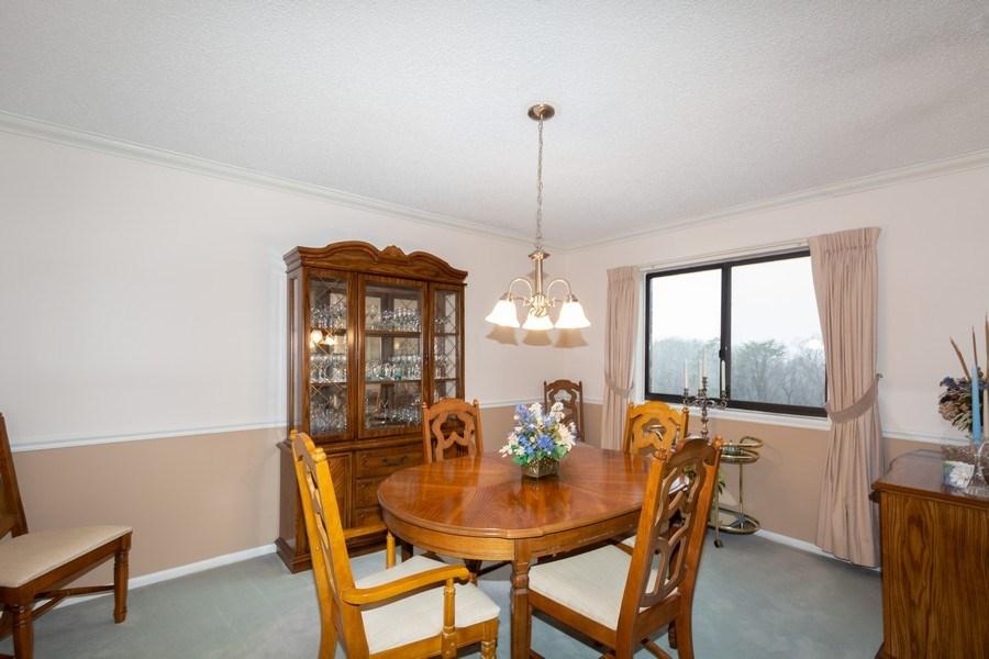 Real Estate Photography - 5904 Mount Eagle, Unit 1015, Alexandria, VA, 22303 - Dining Room