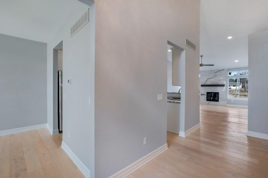 Real Estate Photography - 28190 Lyndon Street, Livonia, MI, 48154 - Entryway