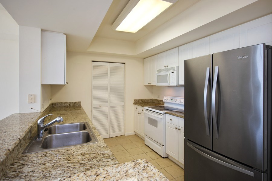 Real Estate Photography - 19501 W Country Club Dr, Unit 2102, Aventura, FL, 33180 - Kitchen