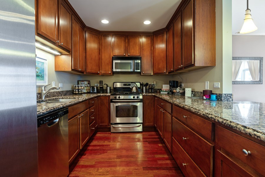 Real Estate Photography - 1275 N Clybourn, Unit 3, Chicago, IL, 60610 - Kitchen