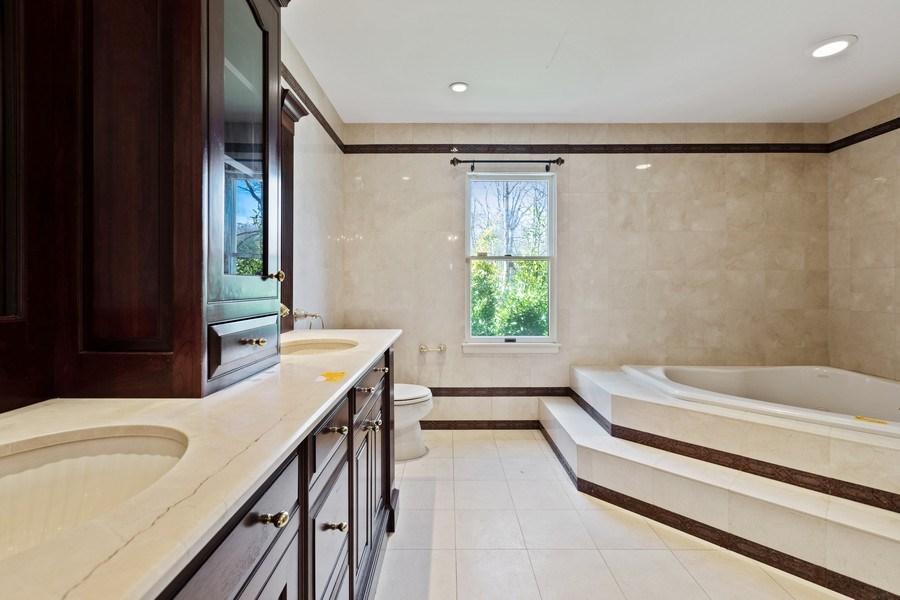 Real Estate Photography - 8 Soundcrest Ln, Lloyd Neck, NY, 11743 - Master Bathroom