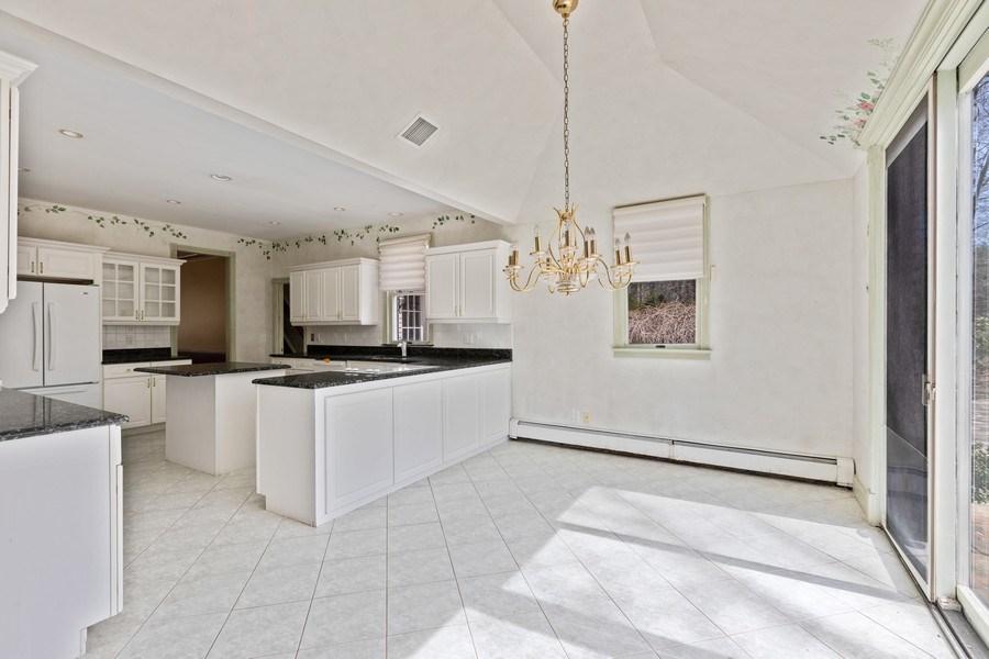 Real Estate Photography - 8 Soundcrest Ln, Lloyd Neck, NY, 11743 - Breakfast Area