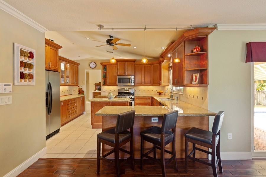 Real Estate Photography - 16550 SW 77 Ct., Palmetto By, FL, 33157 - Kitchen