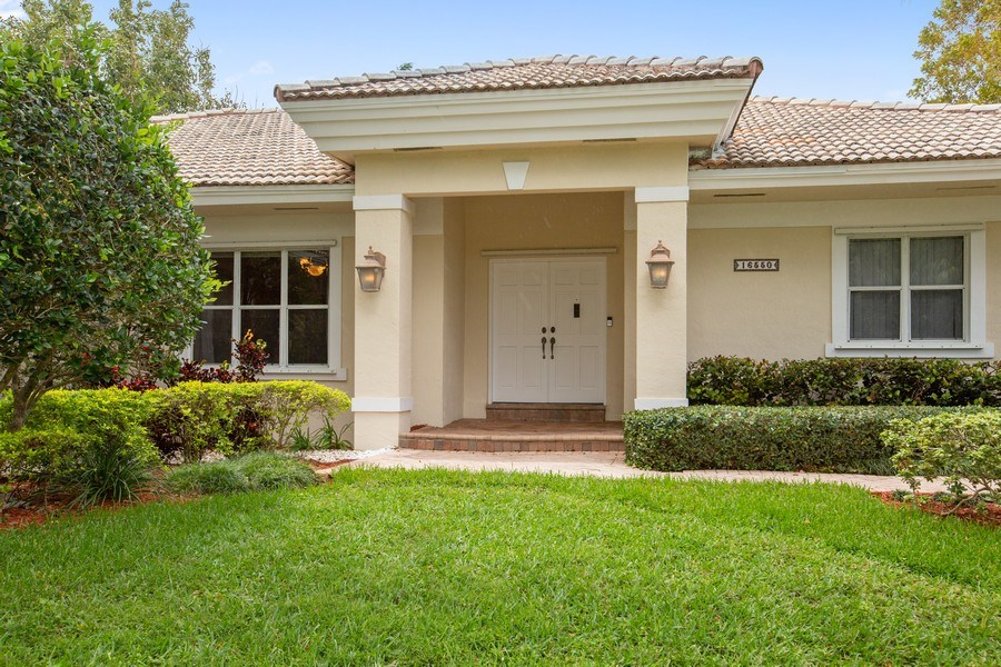 Real Estate Photography - 16550 SW 77 Ct., Palmetto By, FL, 33157 - Entrance