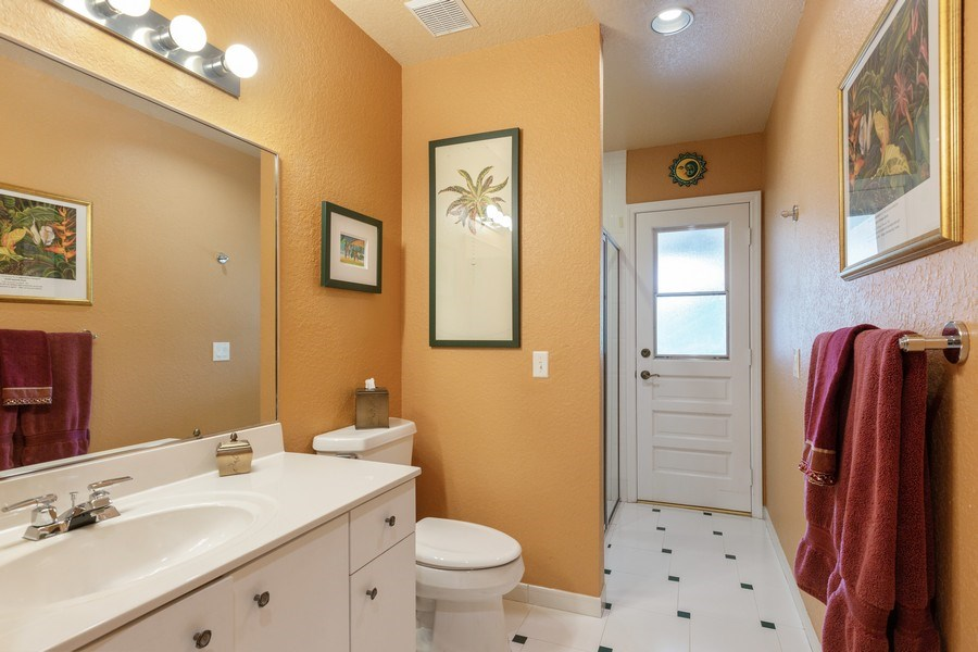 Real Estate Photography - 16550 SW 77 Ct., Palmetto By, FL, 33157 - 2nd Bathroom