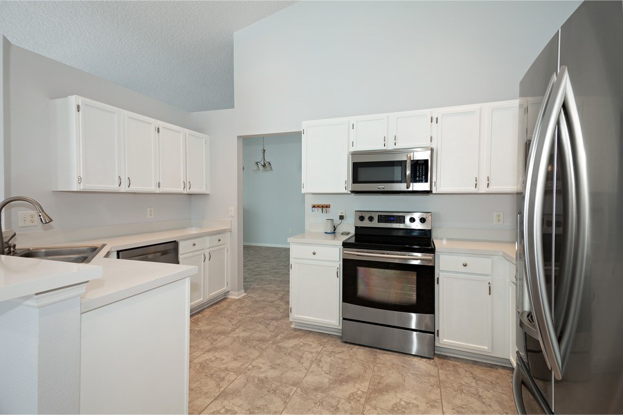 Real Estate Photography - 17407 woodcrest way, clermont, FL, 34714 - Kitchen