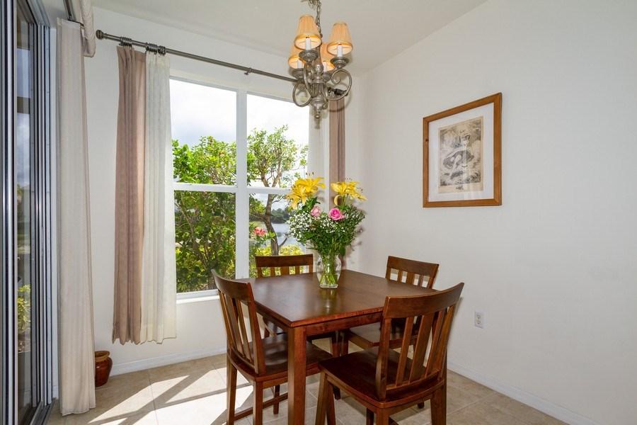 Real Estate Photography - 1380 Tiffany Ln, unit 2206, Naples, FL, 34105 - Breakfast Nook