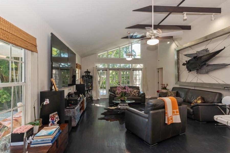 Real Estate Photography - 940 NE 83rd St, Miami, FL, 33138 - Family Room
