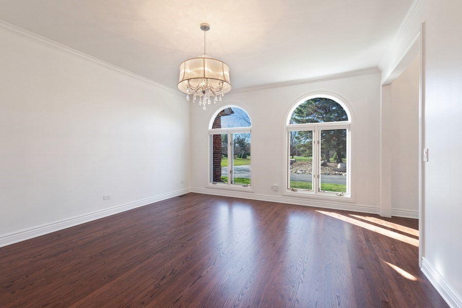 Real Estate Photography - 4 Ascot Lane, Barrington Hills, IL, 60010 - Living Room