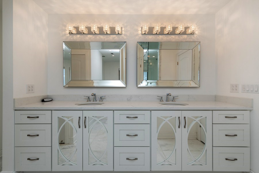 Real Estate Photography - 4 Ascot Lane, Barrington Hills, IL, 60010 - Master Bathroom