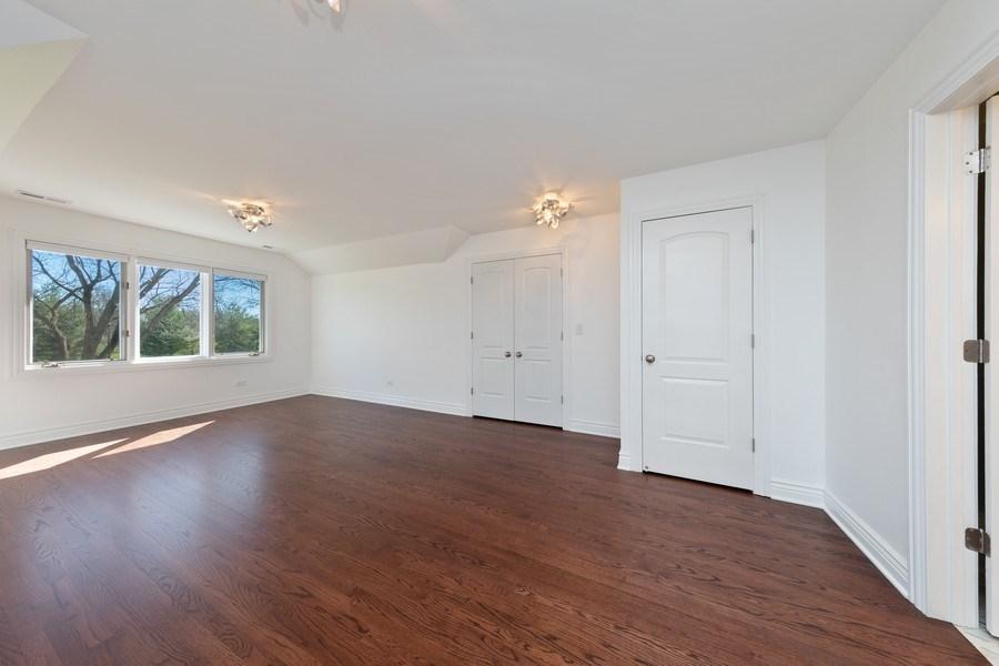 Real Estate Photography - 4 Ascot Lane, Barrington Hills, IL, 60010 - Guest Bedroom