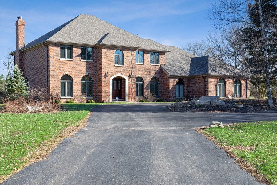 Real Estate Photography - 4 Ascot Lane, Barrington Hills, IL, 60010 - Front View