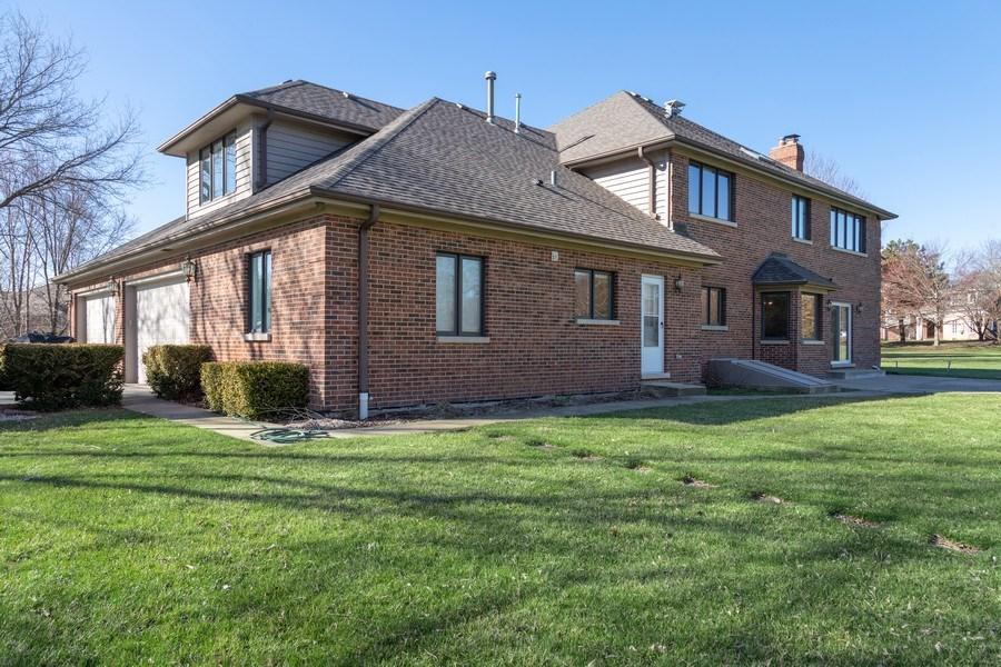 Real Estate Photography - 4 Ascot Lane, Barrington Hills, IL, 60010 - Side View