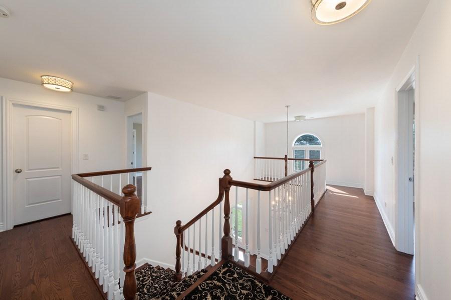 Real Estate Photography - 4 Ascot Lane, Barrington Hills, IL, 60010 - Hallway