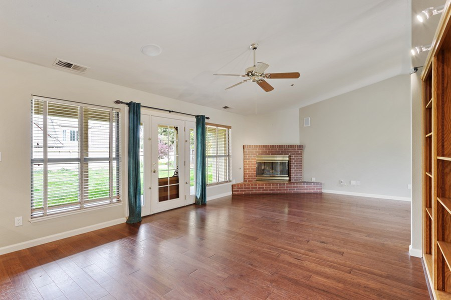 Real Estate Photography - 896 Ridgeview Dr, Woodland, CA, 95695 - Living Room
