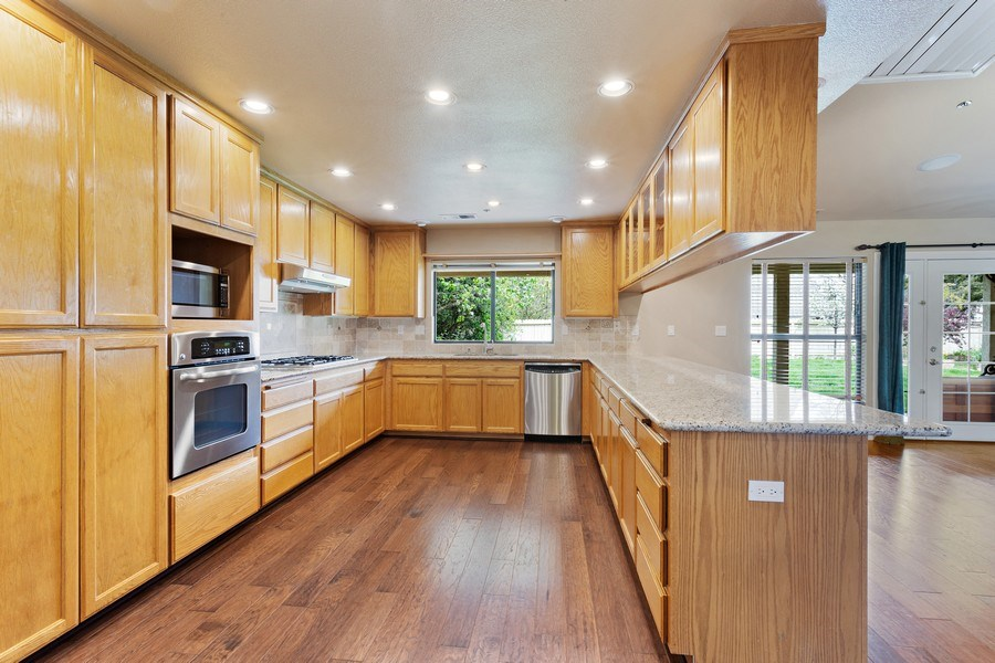 Real Estate Photography - 896 Ridgeview Dr, Woodland, CA, 95695 - Kitchen